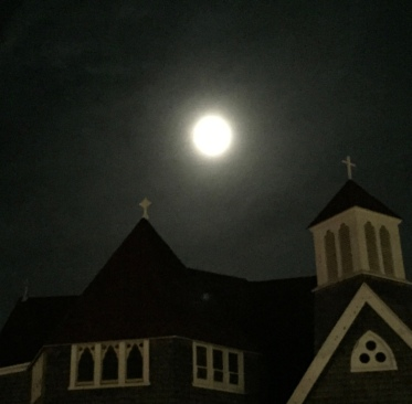 Supermoon at Oak Bluffs October 26 2015